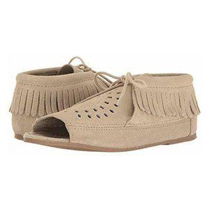 Minnetonka Lyra Fringe Suede Stone Sandal - Size 8